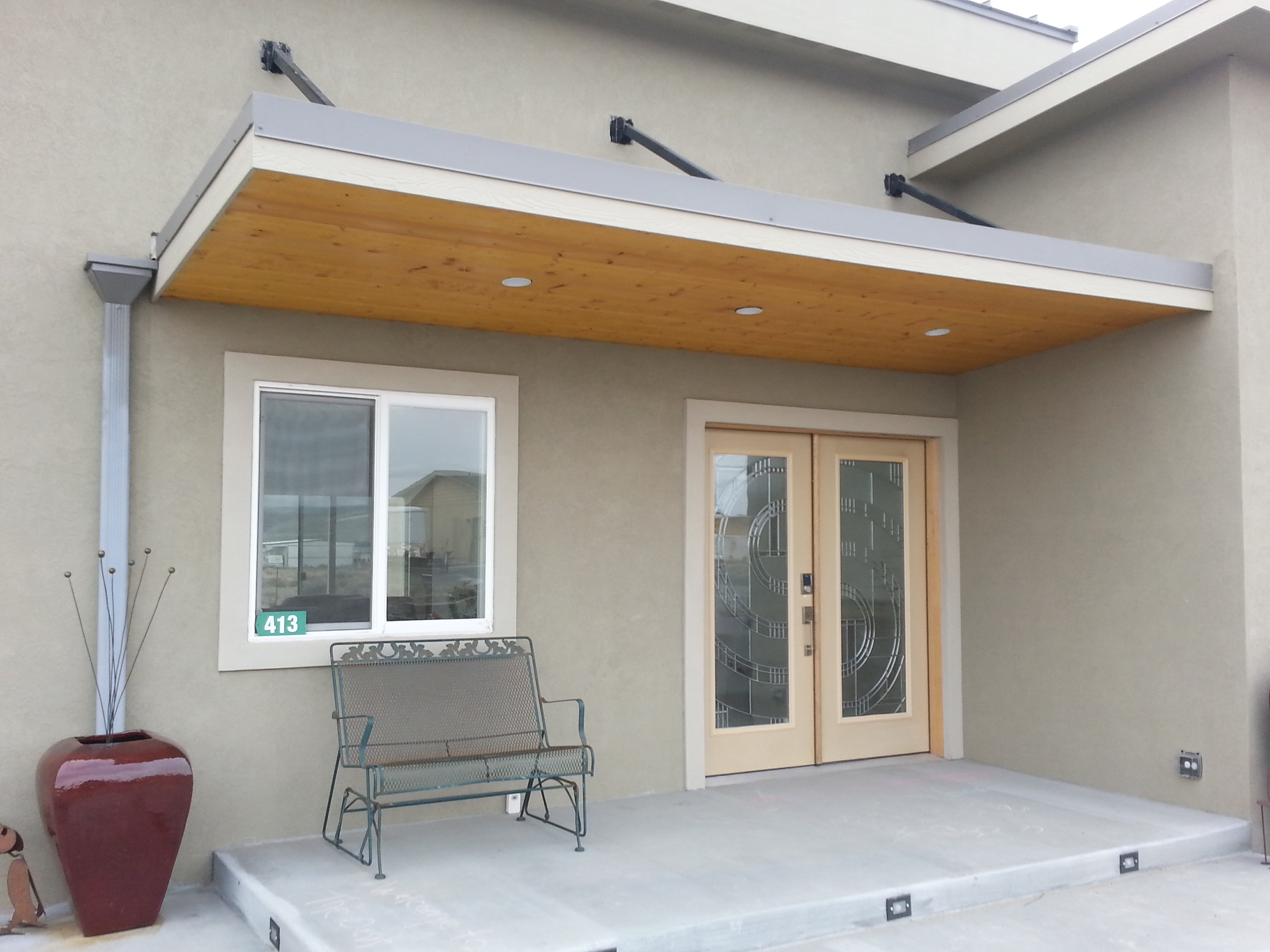 modern home design in central washington  front porch